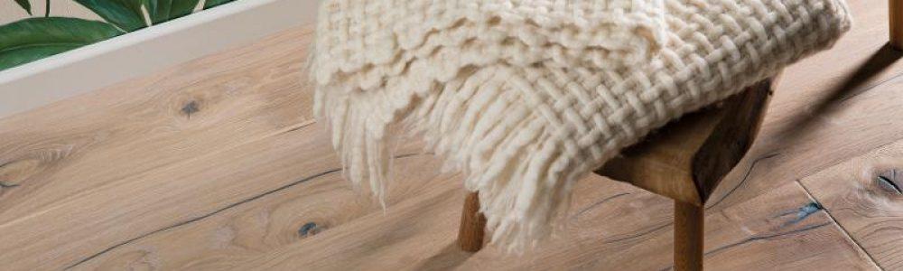 Parchet stratificat steajar vintage white hand crafted plank_1